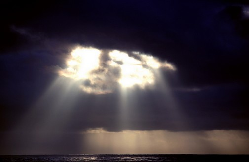 shining_sun_after_the_storm